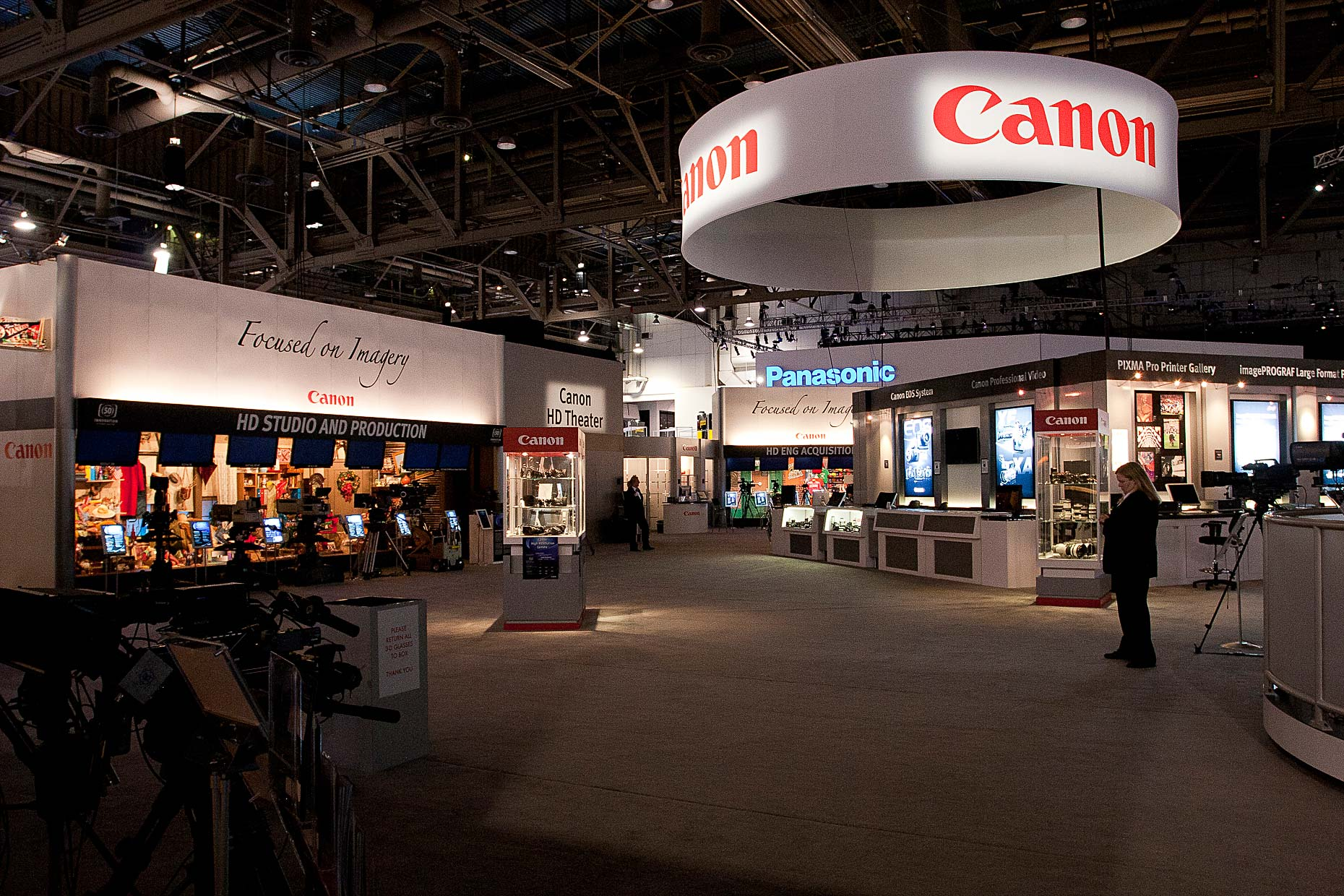 2 Canon NAB 2011 Booth